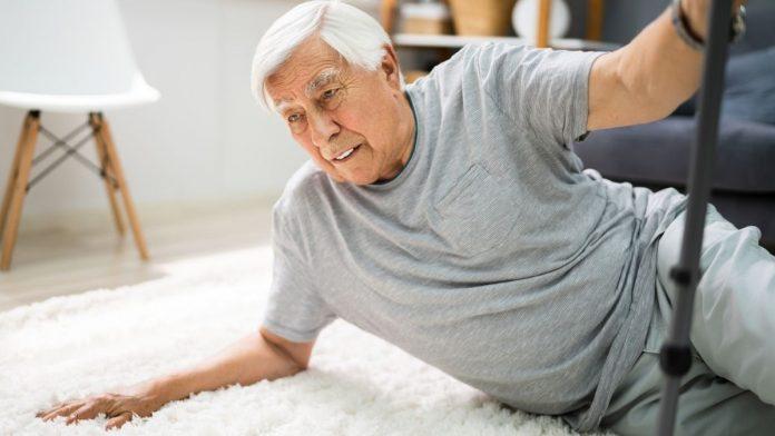 elderly person stuck on the ground